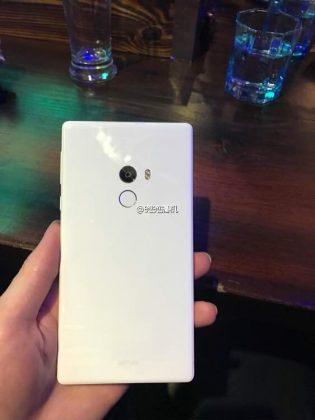 Xiaomi Mi Mix Berwarna Putih? (Segera Tersedia)