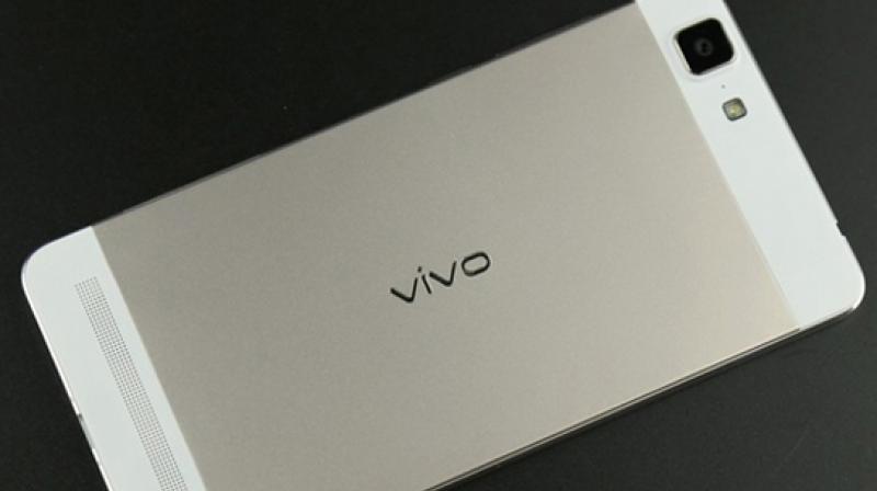 Vivo V5 Plus Hadir dengan Dual Camera Depan