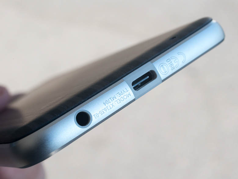 Beli Ponsel Tanpa Audio Jack 3.5mm Merupakan Ide yang Buruk untuk Saat ini