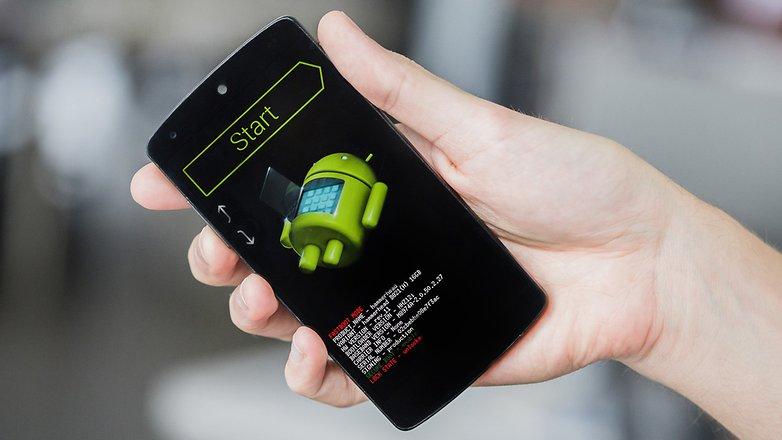 """Apa itu Akses """"Root"""" di Android?"""