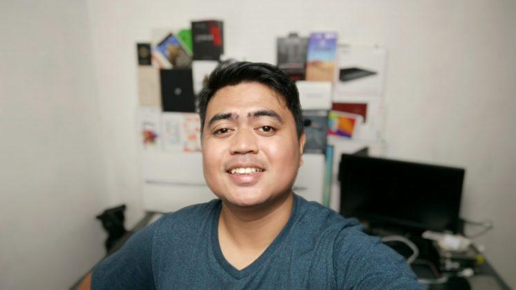 Portrait Kamera Depan